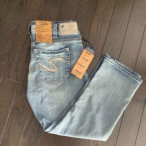 Silver Jeans Mid Rise Suki Capri Site 31